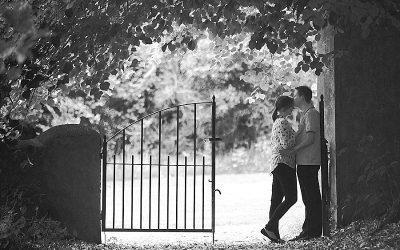Castle Archdale summer Engagement shoot: Nicola & Ryan