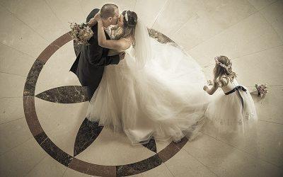 Summer Salvation Army Belfast Temple & Culloden Hotel Wedding : Katy & Chris