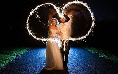 Sneak Peek: Sparkler Darver Castle Wedding: Amanda & Graeme