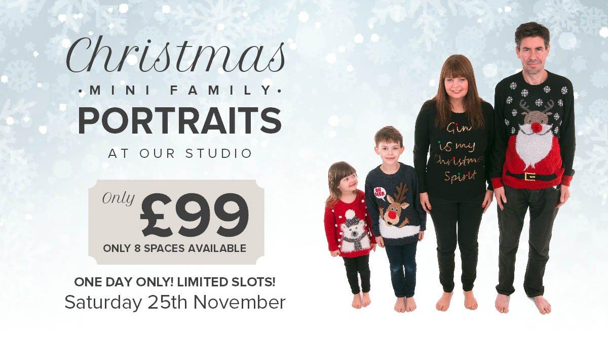 Christmas Family Portrait Mini Sessions