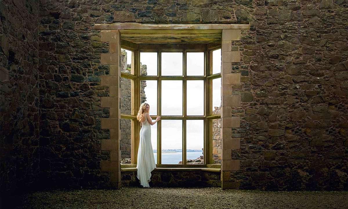 Castle's Ruins Fairytale Dunluce Castle Wedding: Amanda & Derek
