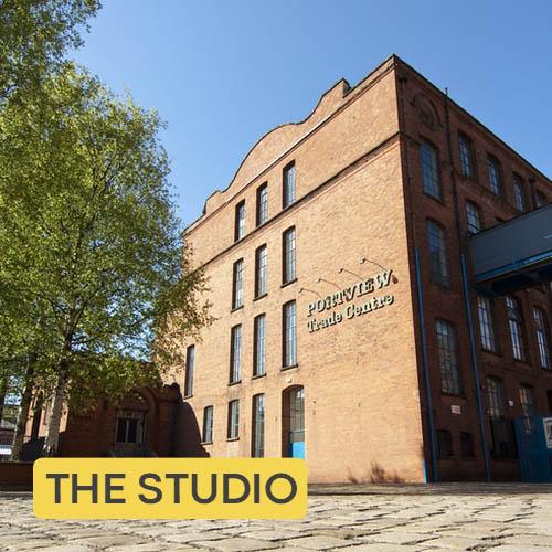 Photographic studio in Belfast with parking
